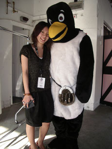 penguin-wiyh-a-girl.jpg