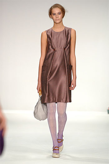 Spring Summer 09 - Catwalk 12