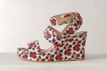 SS12 MINI MEAN ROSES WEDGE BANDAGE - RED