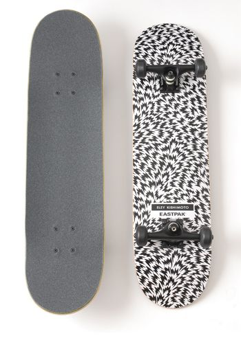 SKATEBOARD - BLACK - Other Image