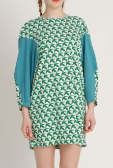 AW1213 THOUSAND PHEASANTS WEEBLE TUNIC - EVER GREEN