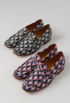 SS14 P-2 LIGHT ON LATTICE LOAFER